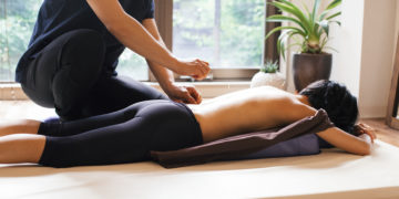What is the Difference Between Dry Needling & Acupuncture?
